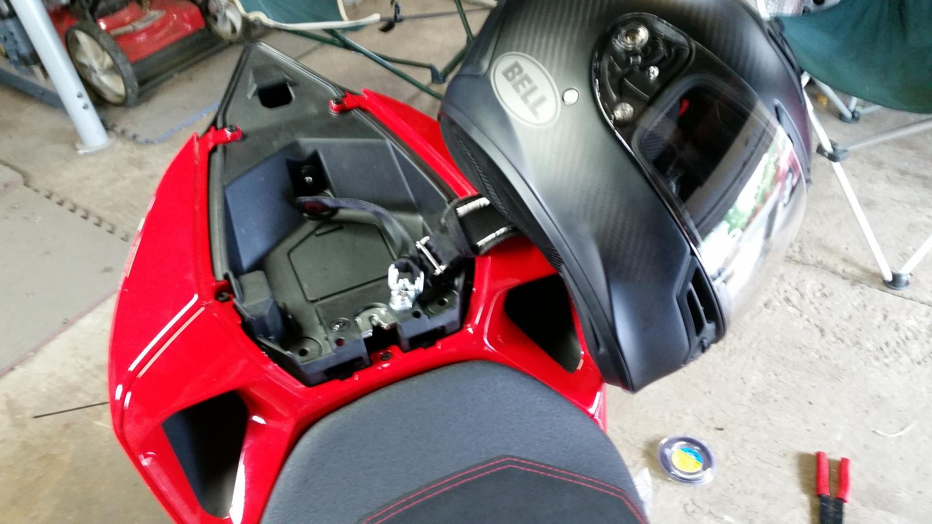 Ducati Monster 796 >> HOW-TO: in trunk helmet lock - Ducati 899 Panigale Forum