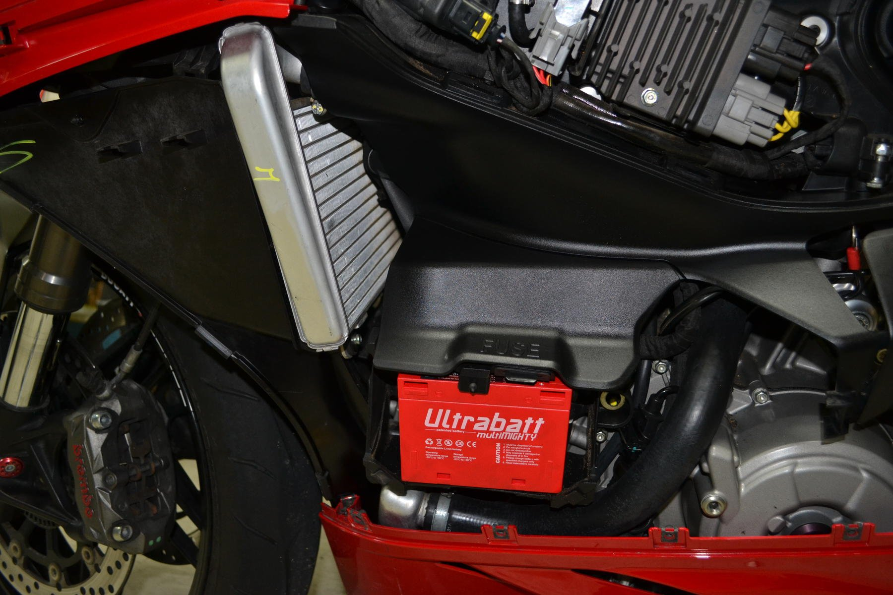 Ducati 899 Battery Motorcycle Image Idea St2 Fuse Box Location