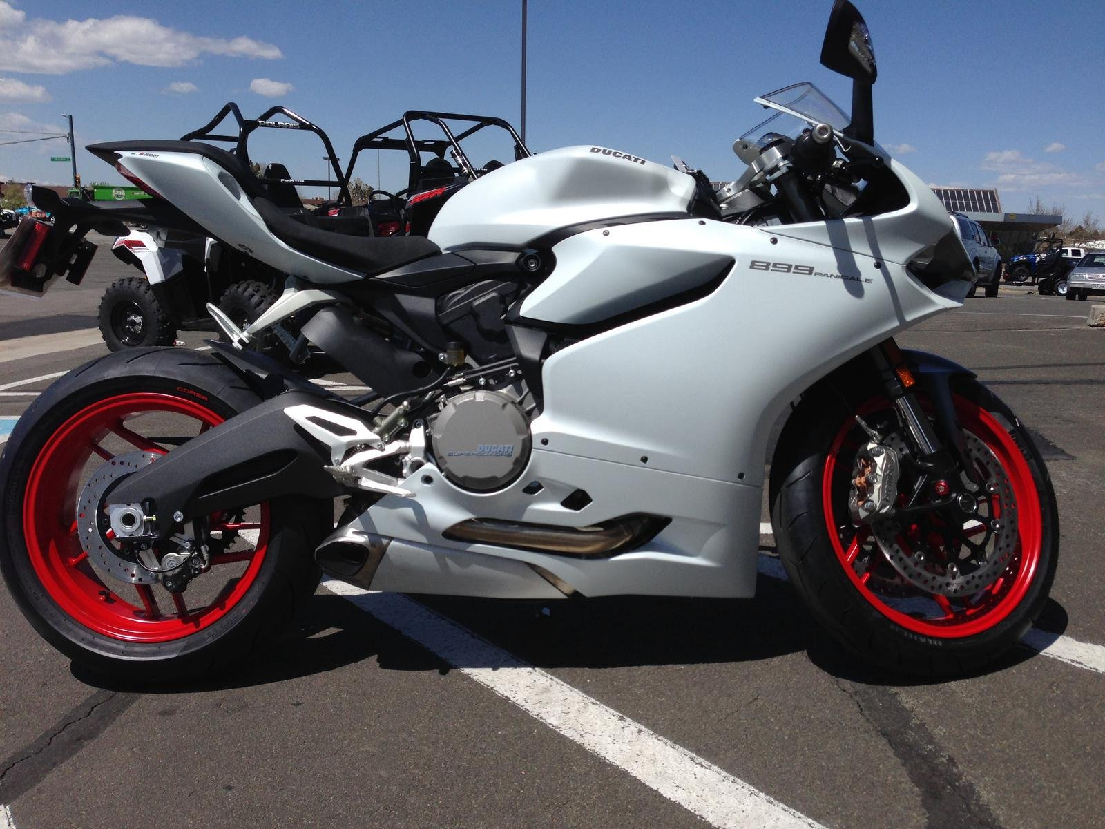 2014 899 panigale arctic white ducati 899 panigale forum. Black Bedroom Furniture Sets. Home Design Ideas
