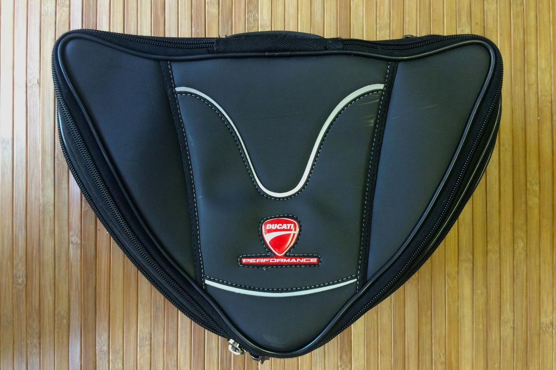 for sale  899 tail bag