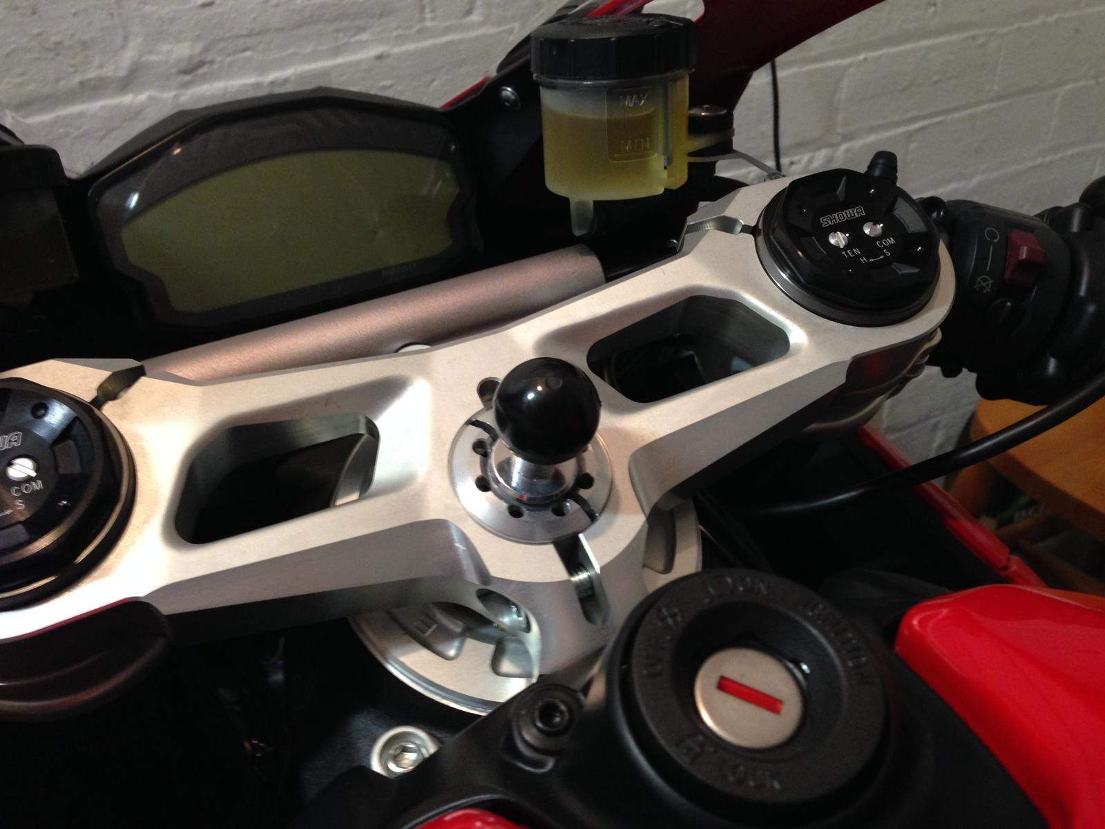 Sat Nav Camera Mount For Panigale Page 3 Ducati 899
