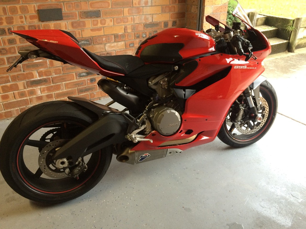 How To Remove Ther Mirrors Off Of A Ducati