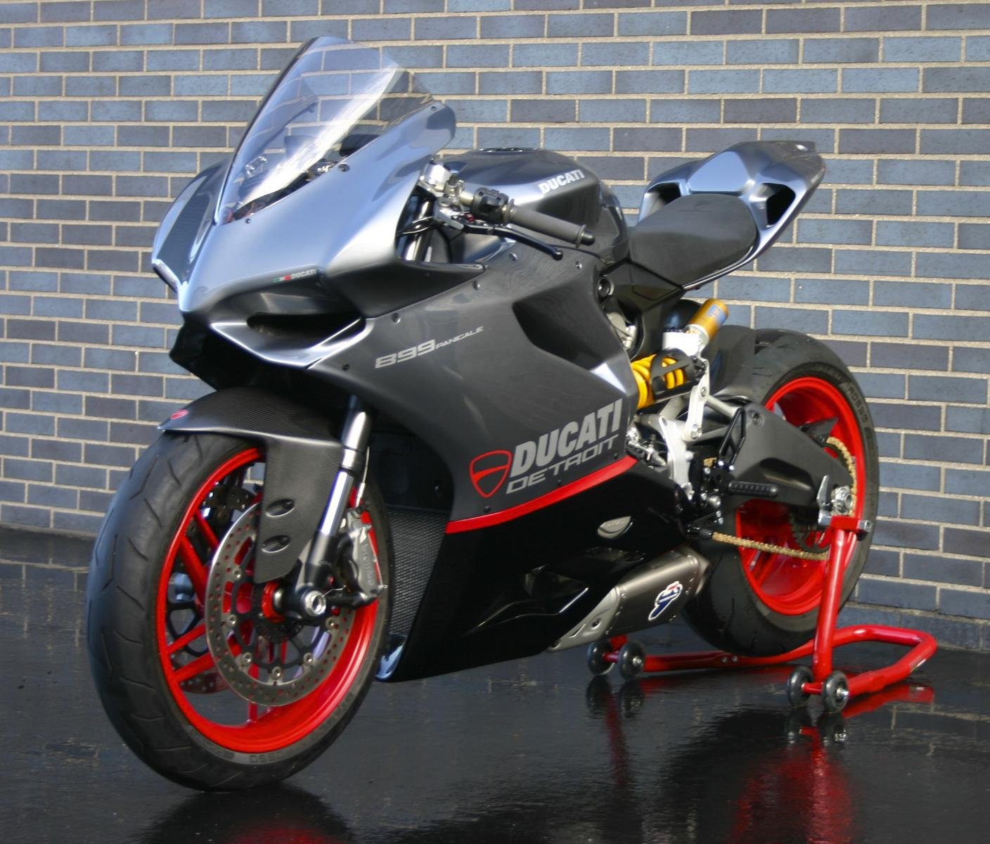 899 senna track edition page 2 ducati 899 panigale forum. Black Bedroom Furniture Sets. Home Design Ideas