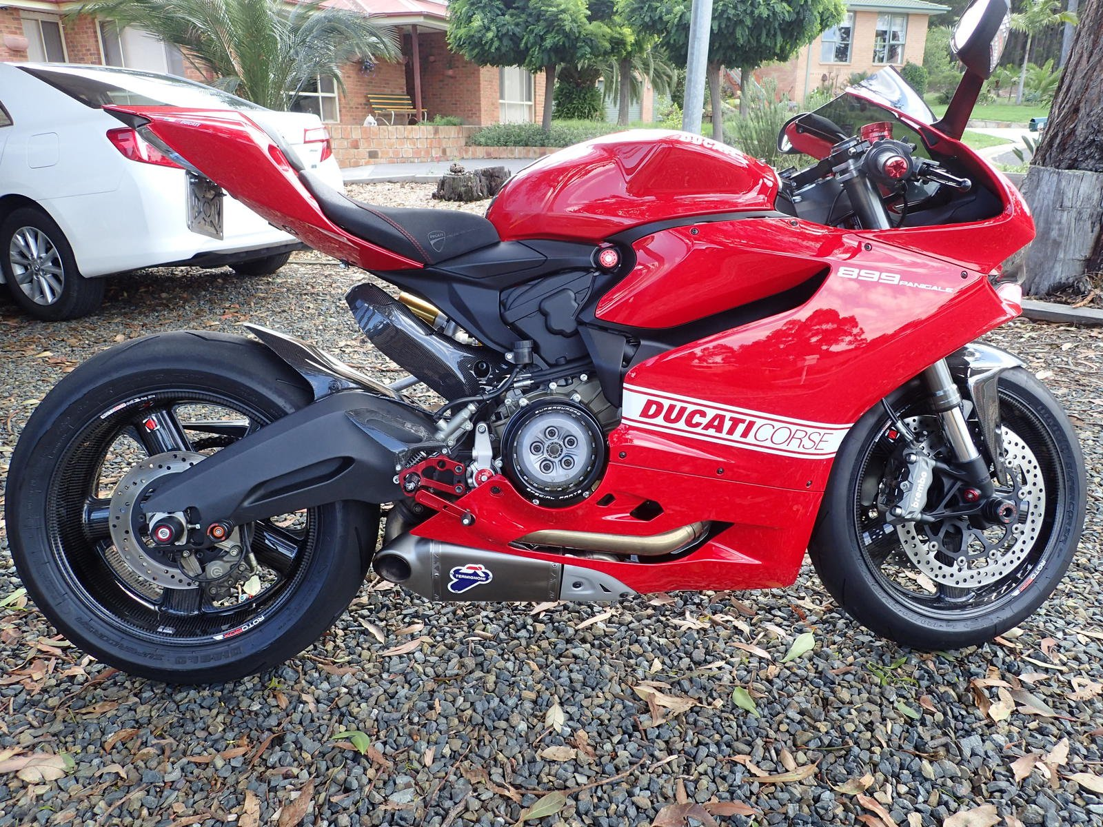 red ducati 899 panigale picture thread page 15 ducati. Black Bedroom Furniture Sets. Home Design Ideas
