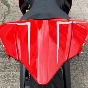R tail transfers from CarbonWorld.de